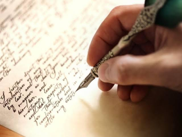 Escritor não precisa de crítica mais sim de amor.